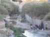 Koczowisko imigrantów w korycie rzeki Rio de Oro