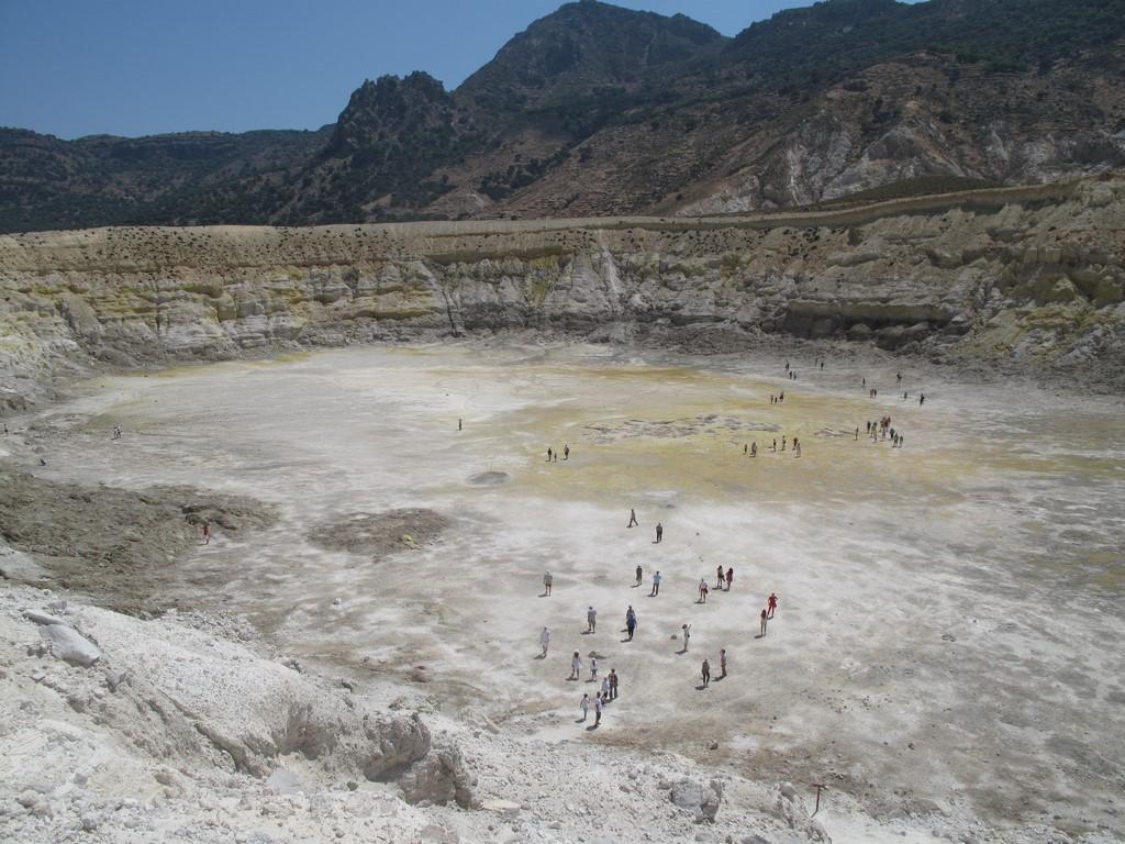 Kraer wulkanu na Nisiros