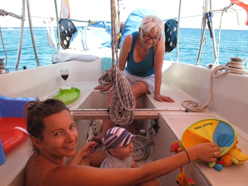 Zabawy Bruna na pokładzie