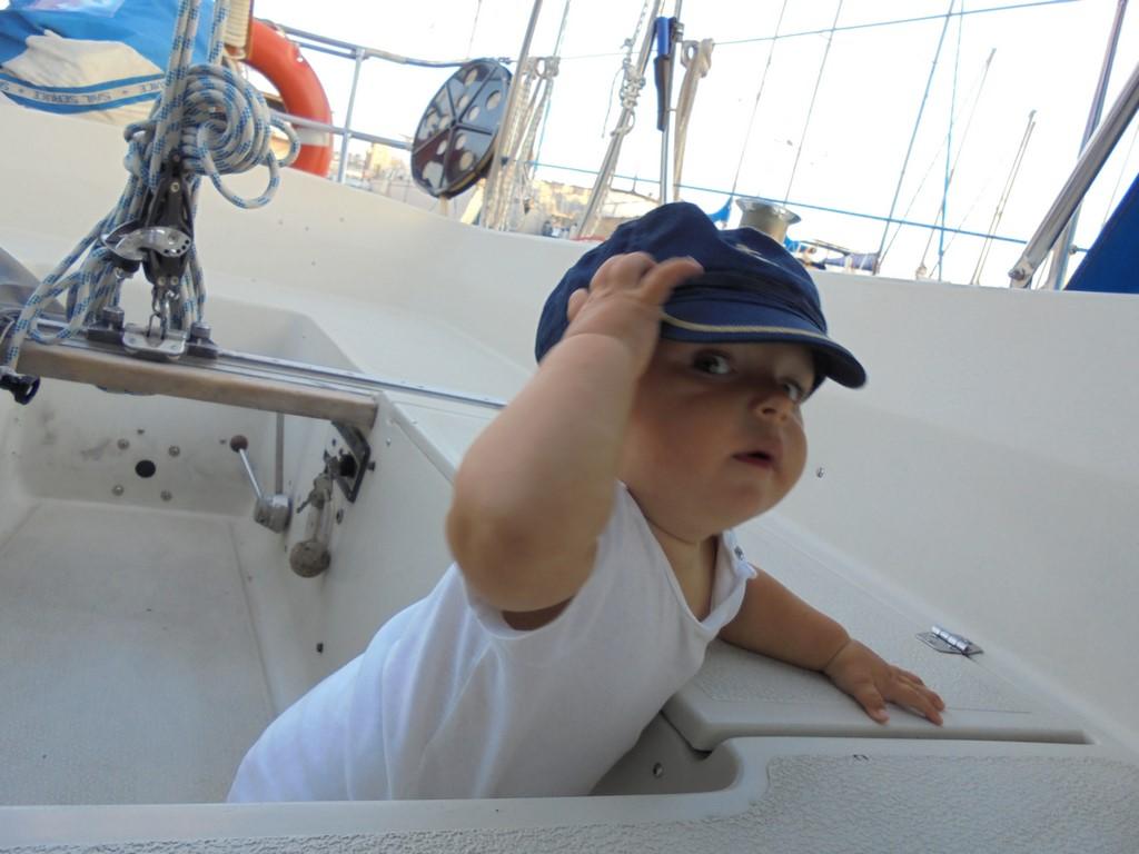 Kapitan Bruno robi obchód kokpitu