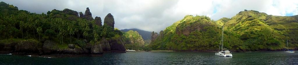 Zatoka Dziewic Hanavave na Fatu Hiva