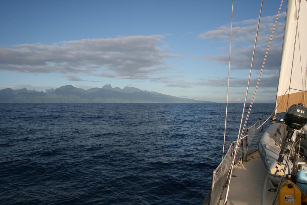 Sputnik III dopływa do Tahiti