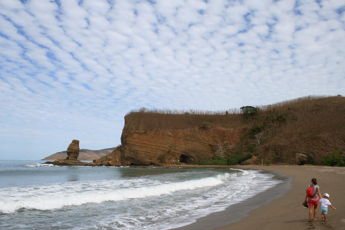 Plaża Roche Percée na Nowej Kaledonii