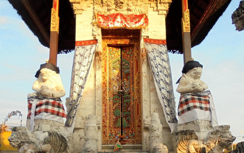 Świątynia na wyspie Serangan - Bali