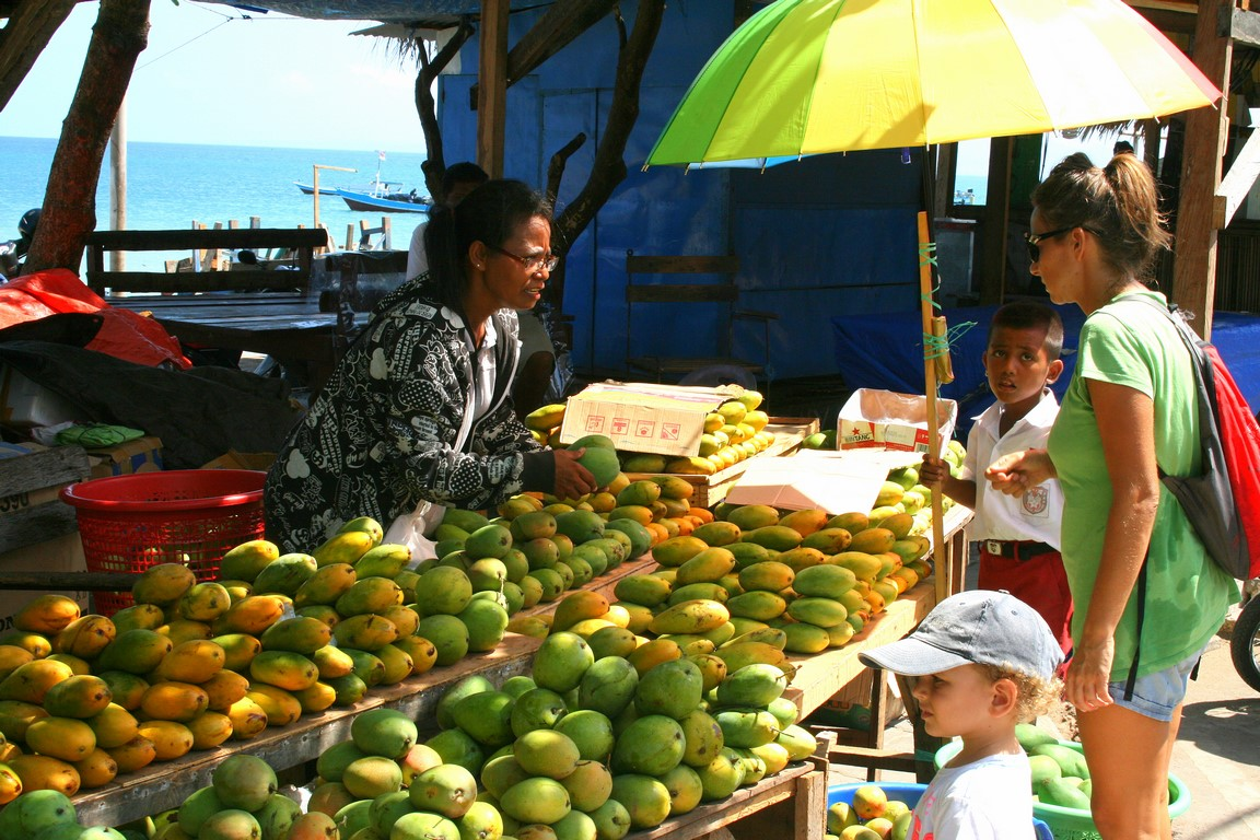 Trafiliśmy na sezon mango w Kupang