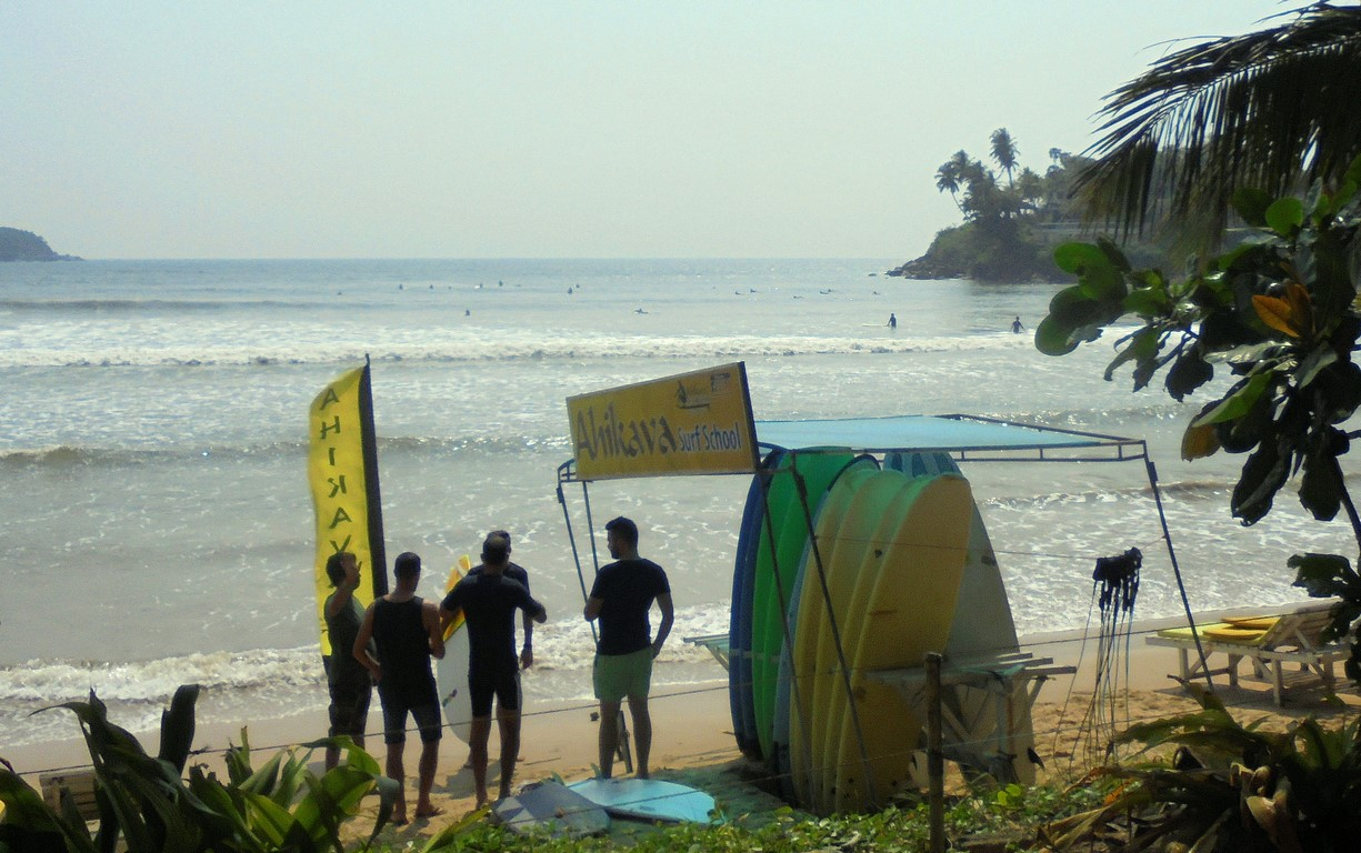 Nauka surfingu w Galle