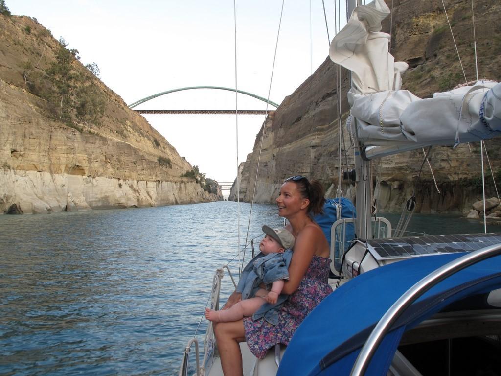 Karolina i Bruno w Kanale Korynckim